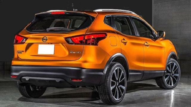 2019 Nissan Rogue rear view
