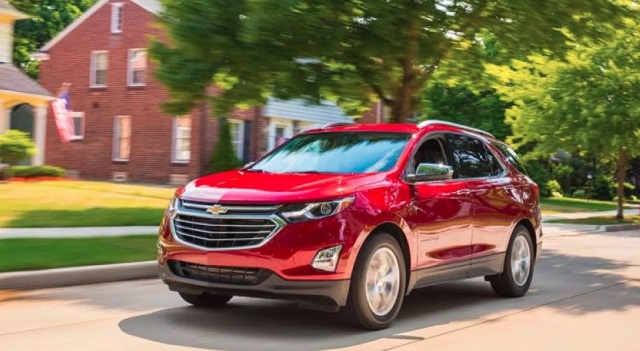 2020 Chevy Equinox front view