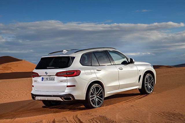 2020 BMW X5 rear view