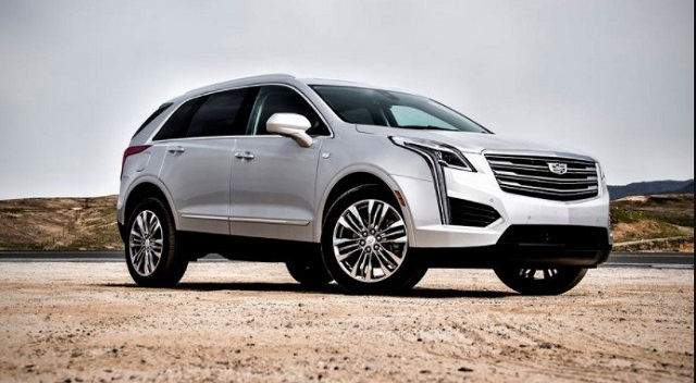 2020 Cadillac XT7 front view