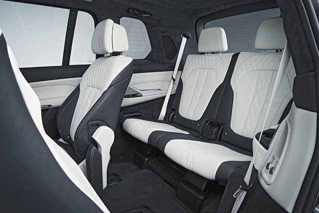 2020 BMW X7 7-seat
