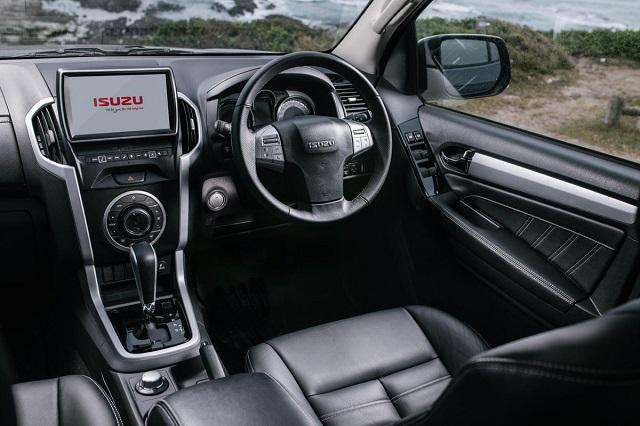 2020 Isuzu MU-X interior