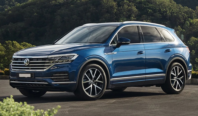 2020 vw touareg drops v8  replaces it with hybrid