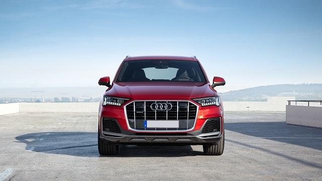 2021 Audi Q5 front