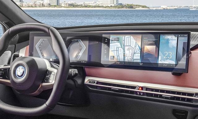 2022 BMW X7 iX cabin