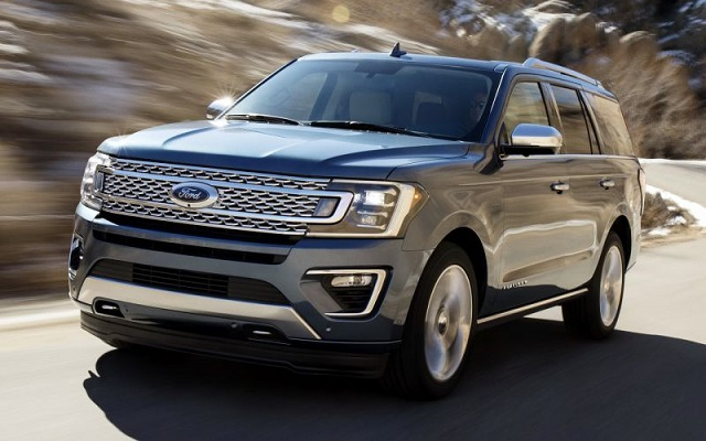 2019 Ford Expedition front view