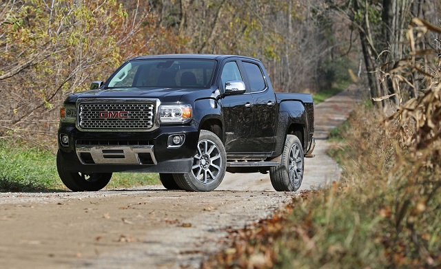 2020 GMC Canyon front view