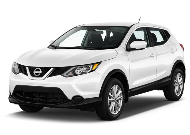 2020 Nissan Rogue front
