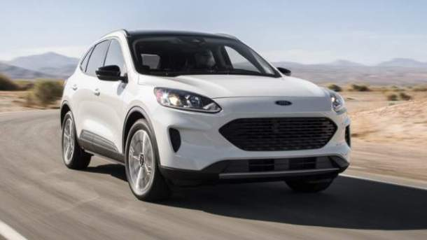 2021-Ford-Escape-Hybrid
