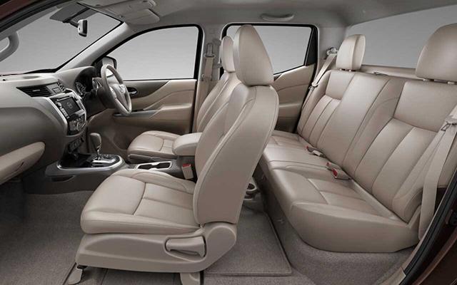 2020 Nissan Frontier Interior