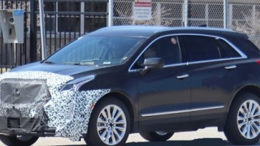 2021 Cadillac XT5 Spy Photo