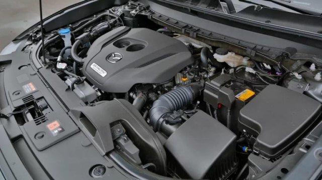 2021-Mazda-CX-7-Engine