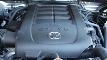 2022 Toyota Sequoia V8