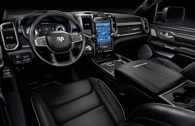 2022 Ram 1500 interior
