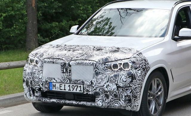 2022 BMW X3 Spy shot