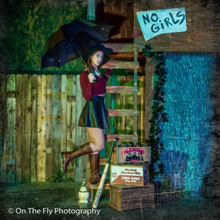 2014-12-02-0247-Midnight-At-The-Treehouse-exposure
