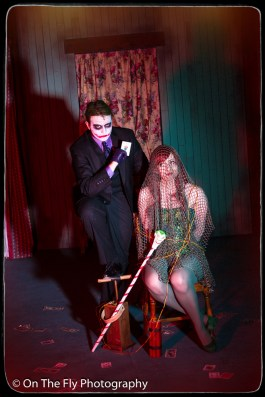 2015-04-06-0156-Poison-Ivy-and-Joker-exposure