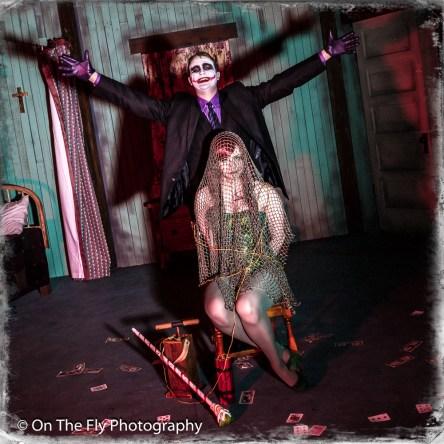 2015-04-06-0165-Poison-Ivy-and-Joker-exposure