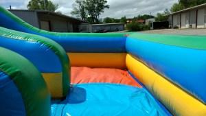 10Giant Drop Dry slide
