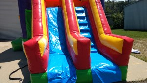 19Over the Rainbow bounce house combo