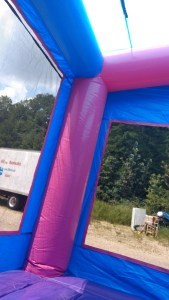 2Blue Play House Bounce House moonwalk