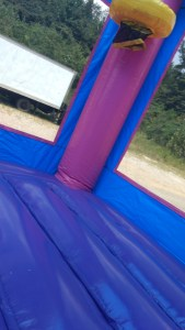 8Blue Play House Bounce House moonwalk
