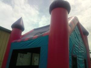 2Princess Castle bounce house moonwalk