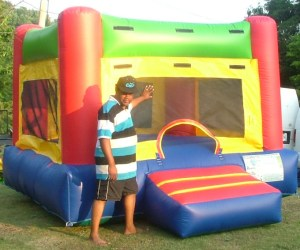 10Fun Indoor Out Red bounce house moonwalk