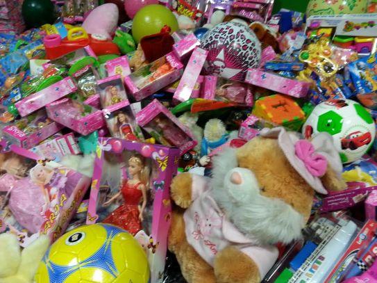 Parte de los juguetes recibidos.