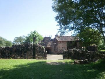Ex fundición de hierro en Ybycui. Sintia Maciel