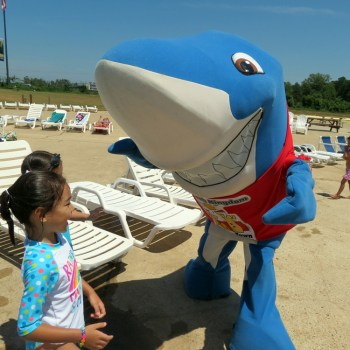 A photo of the Splash Kingdom Waterpark mascot
