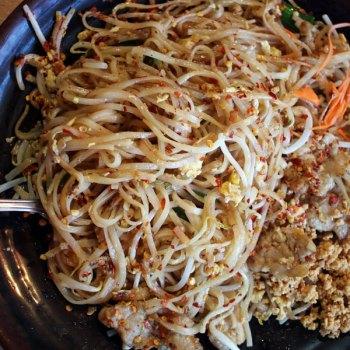 A photo of pork pad Thai