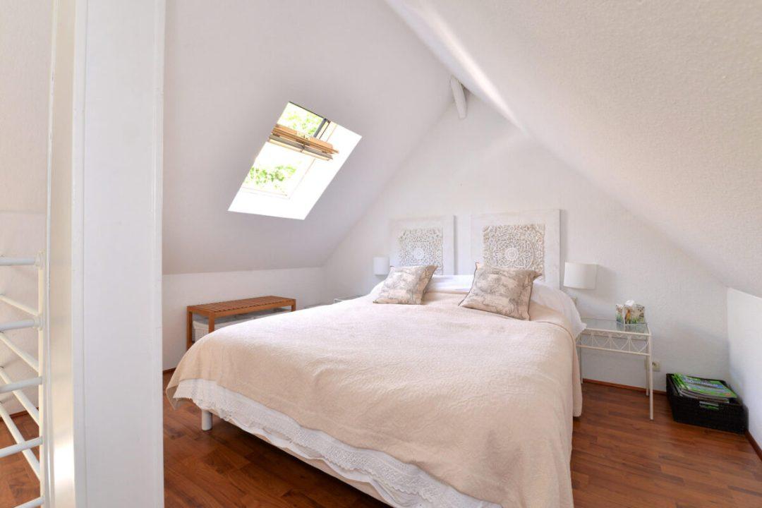 Lune bedroom1