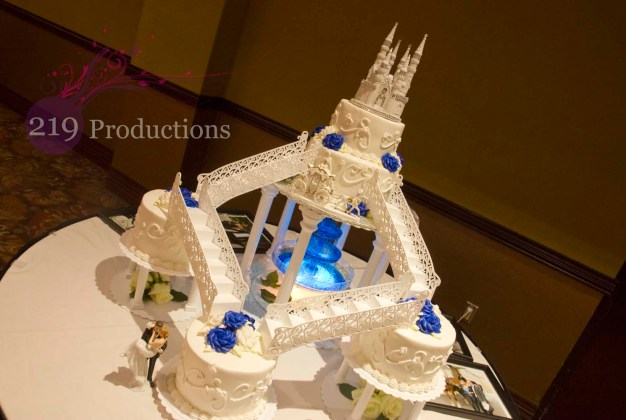 Center for Visual and Performing Arts Wedding Cake