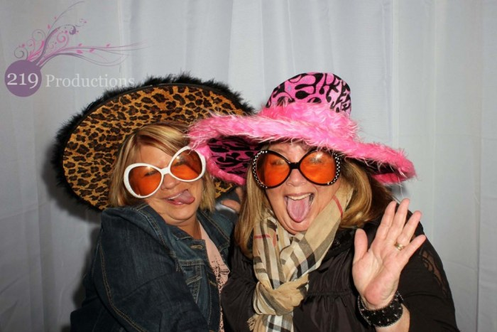 Langel's Pizza Ladies Night Out Photobooth Highland