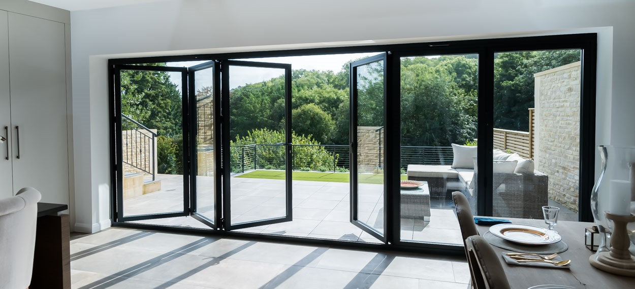 aluminium bi fold and patio doors