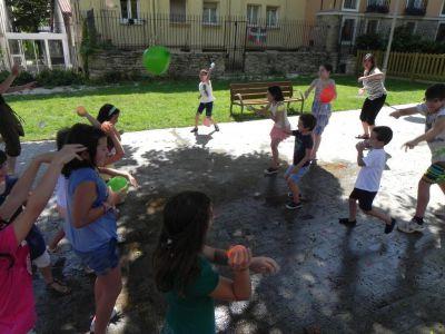 Jugando En El Parque09
