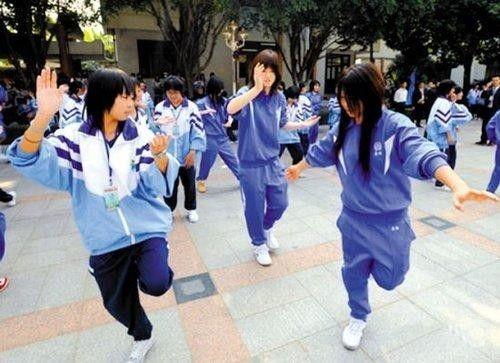 为什么美国十几岁女孩最美 中国青春期孩子最丑
