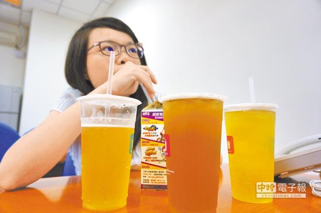 孩童喝含糖饮 严重妨碍长高