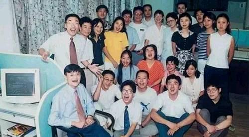 1994年,海博翻译社诞生所有员工加起来只有5人
