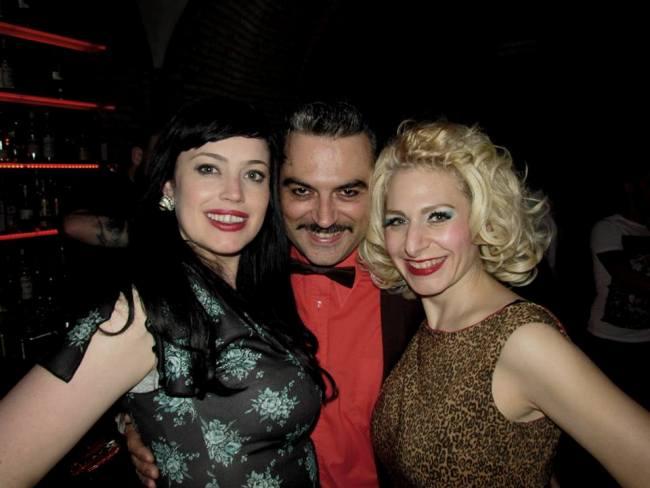 La Viola Vixen, Alessandro Casella, and I (Minnie Tonka) post-show. ©Minnie Tonka