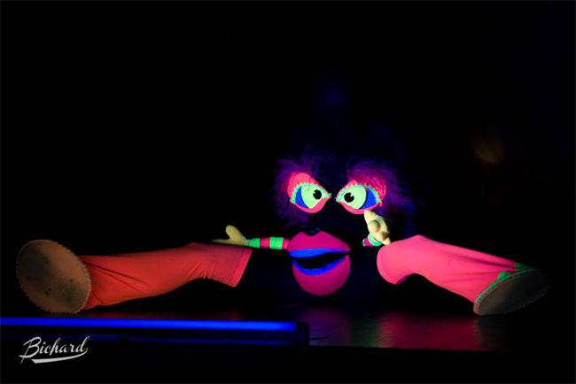 Imogen Kelly at the Helsinki Burlesque Festival 2014.  ©John Paul Bichard
