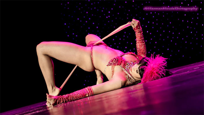 Ginger Valentine performing a memorable move in her 2nd Runner Up winning performance at the Burlesque Hall of Fame Weekend 2014.  ©Chris Harman/Harman House Photography