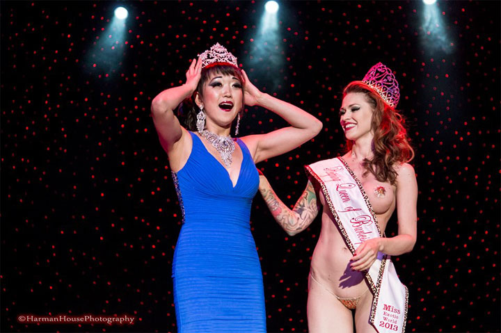 Midnite Martini is crowned Miss Exotic World, Reigning Queen of Burlesque 2014 by LouLou D'vil, Reigning Queen 2013.  ©Chris Harman/Harman House Photography   (Interview: Midnite Martini, Reigning Queen of Burlesque 2014 - 21st Century Burlesque Magazine)