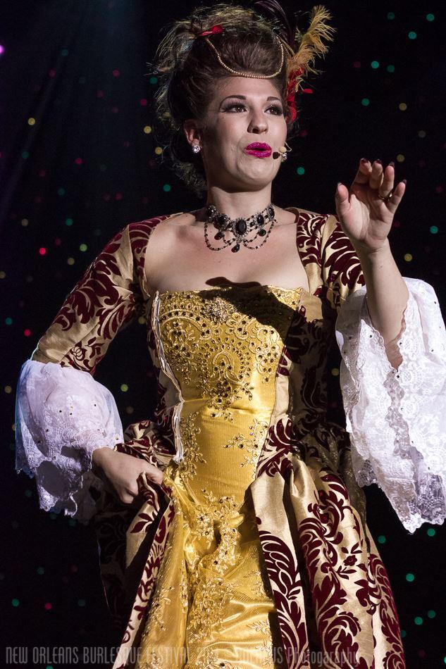 Renee Holiday at the New Orleans Burlesque Festival 2014.  ©NOLAPUS.com