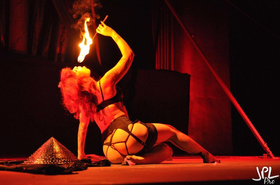 Gaige, SanAntonio. ©JPL Photography   (A Teasetastic Tour of Texas Burlesque)