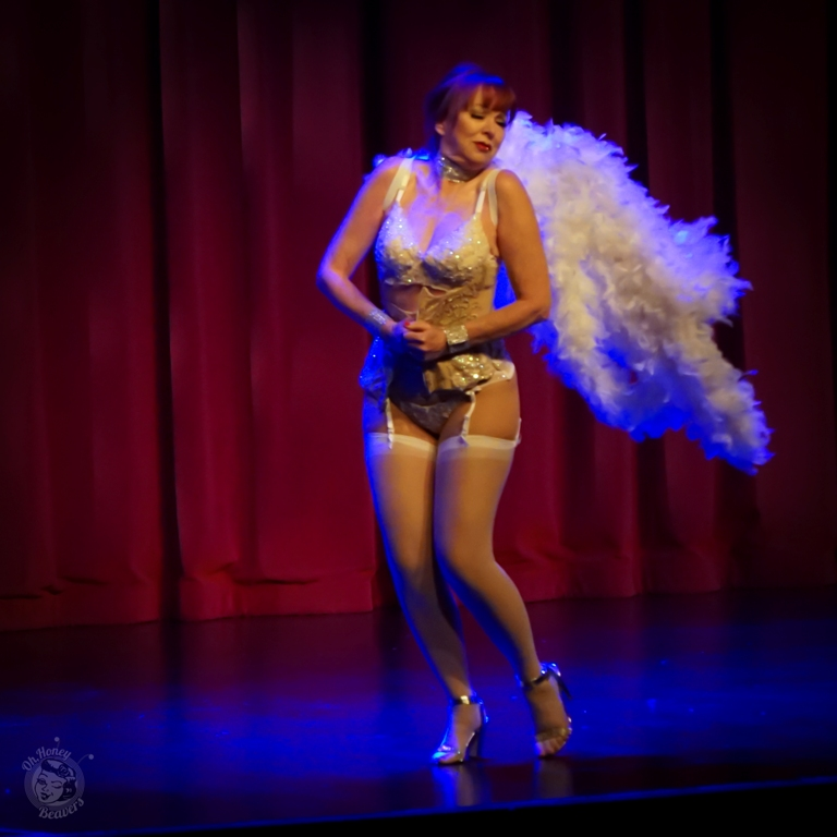 Lovey Goldmine in the 60th annual Titans of Tease Burlesque Reunion Showcase at the Burlesque Hall of Fame Weekend 2017. Image by Honey Beavers, exclusively for 21st Century Burlesque Magazine