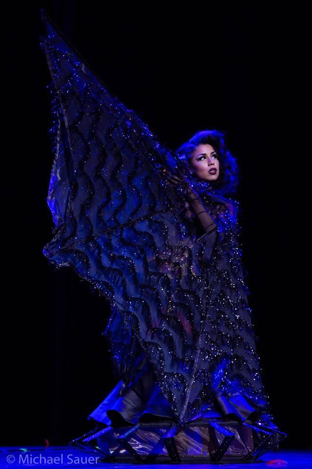Lou Lou la Duchesse de Rière at the New Orleans Burlesque Festival, by Michael Sauer