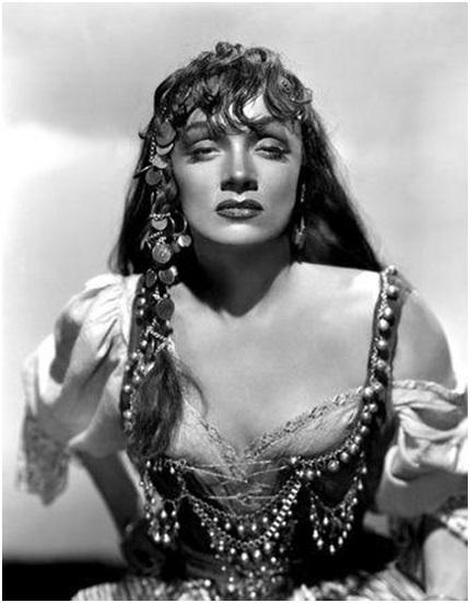 Marlene Dietrich - Golden Earrings 1947