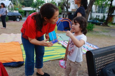 little_girl_and_teacher